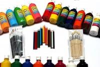 Stifte, Farben, Pinsel